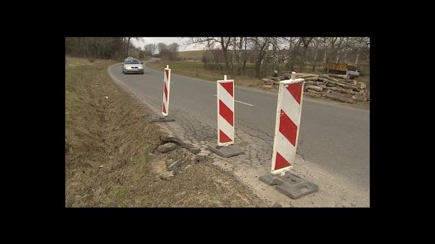 Video NO COMMENT: Objížďka v dezolátním stavu
