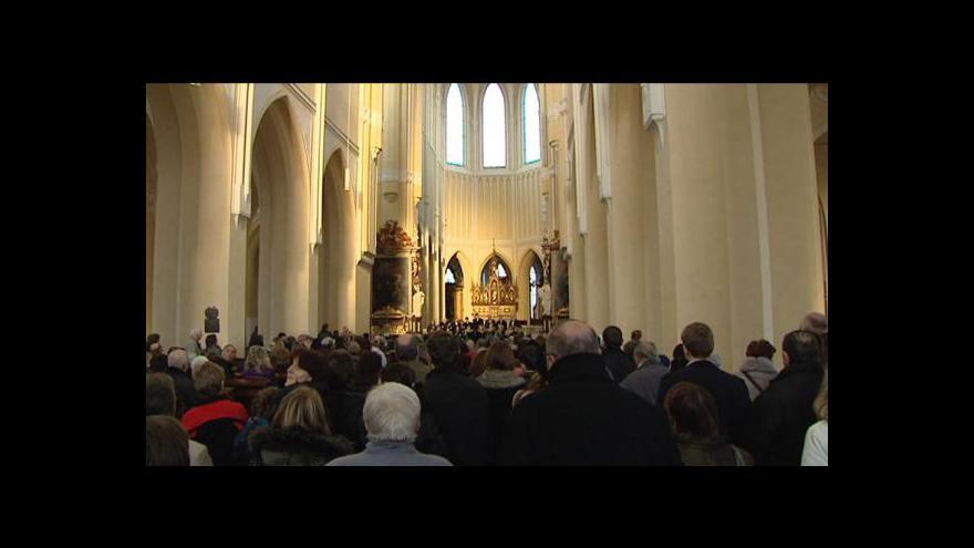 Video Lucie Rosí o hře světla v katedrále