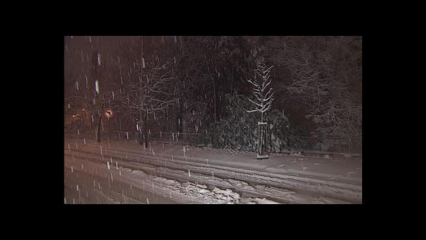 Video No comment: Sníh komplikoval dopravu