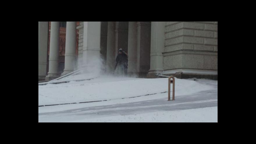 Video Sněžení komplikovalo situaci na jihu Moravy