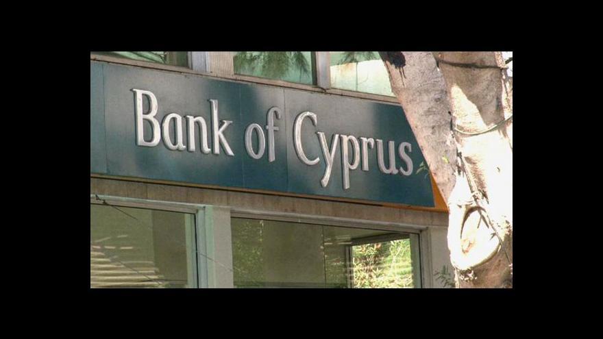 Video Události: Na Kypru demonstrace kvůli zdanění vkladů