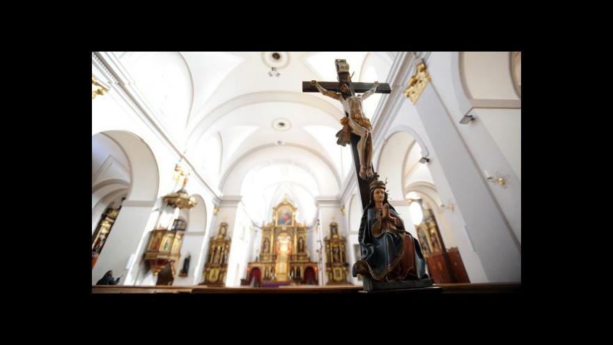 Video Brífink iniciativy Stop církevním restitucím