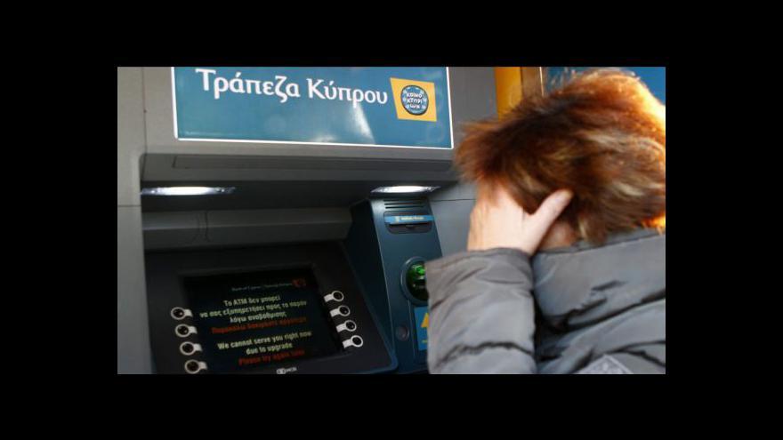 Video Kyperský stát chce zabavit až deset procent úspor