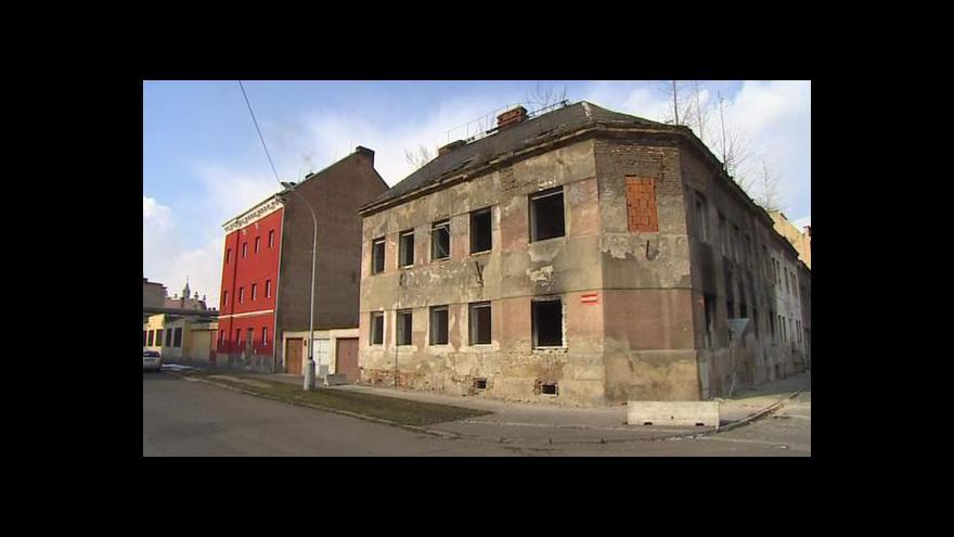 Video Petra Tachecí k pokutě za rozpadající se dům
