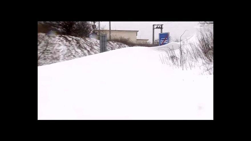 Video Silný vítr a sníh komplikují dopravu v Maďarsku a na Slovensku