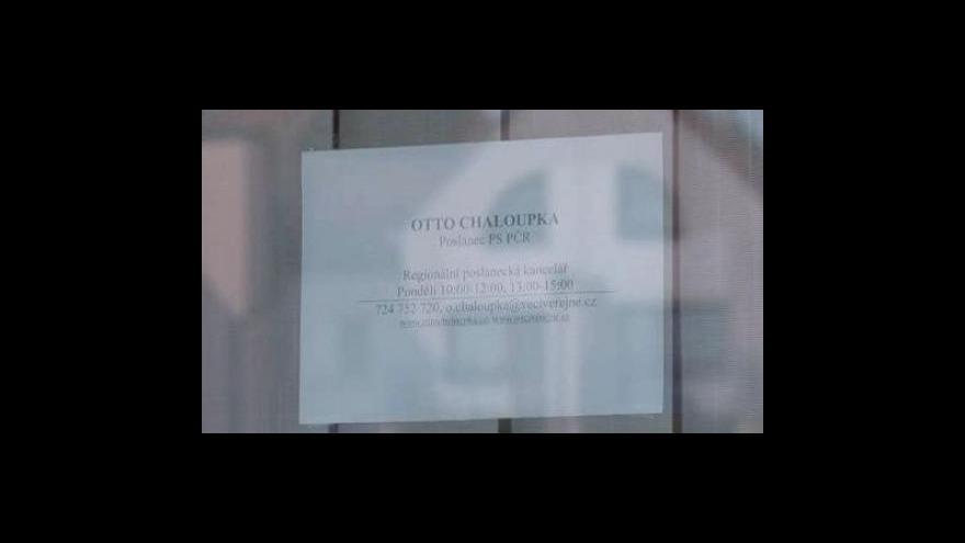 Video Záznam rozhovoru poslance Otty Chaloupka s asistentem Vratislavem Vařejkou