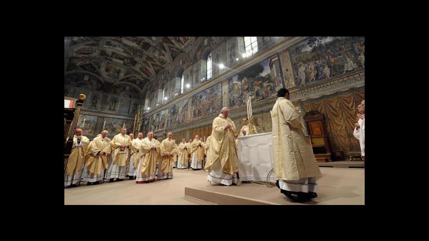 Video Události, komentáře - První papežův den