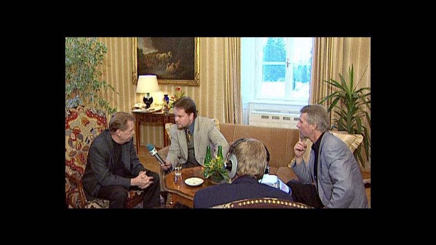 Video Reportáž Pavly Sedliské o knize Hovory v Lánech