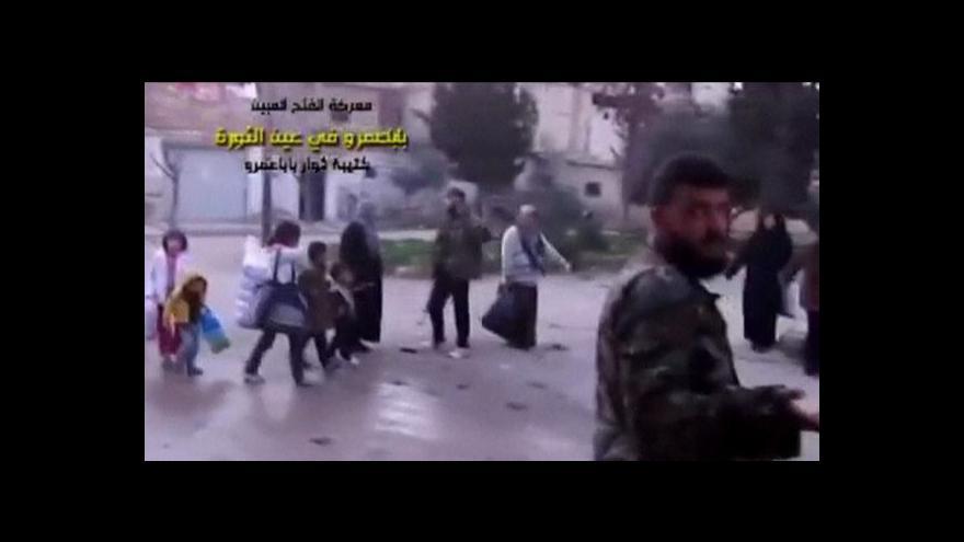 Video Cameron: Británie je připravena vyzbrojit syrskou opozici