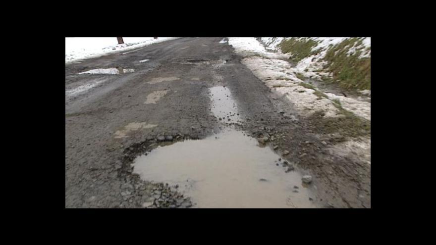 Video Řidiči mohou upozornit na rozbité silnice