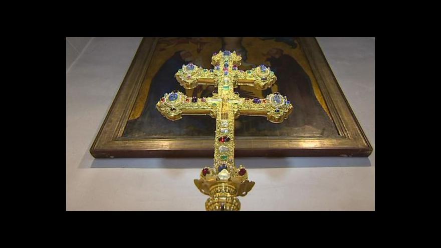 Video Závišův kříž po letech opustí svůj úkryt