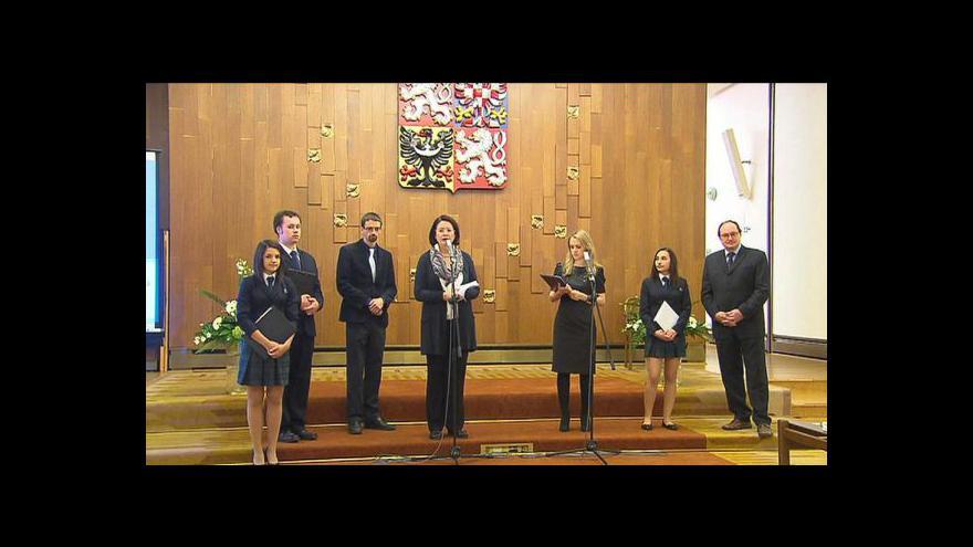 Video Brífink studentů k petici za Nobelovu cenu pro Wintona