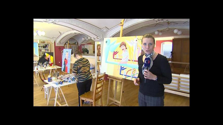 Video Pod rukama postižených umělců vznikají unikátní obrazy