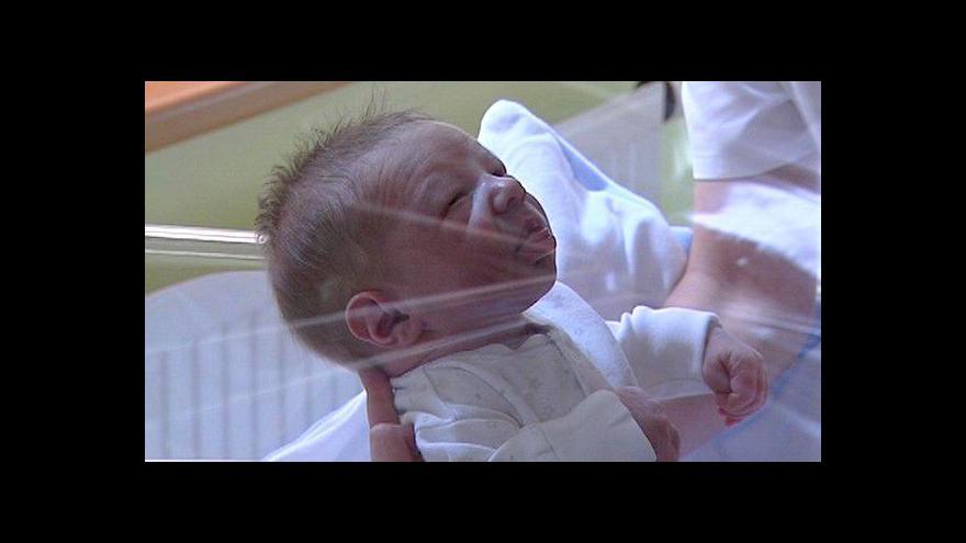 Video Reportáž o dívce z babyboxu