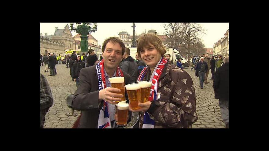 Video Dění u Pražského hradu během inaugurace