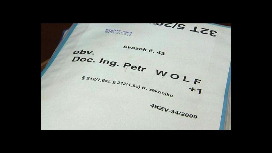 Video Reportáž o vývoji v hledání Petra Wolfa