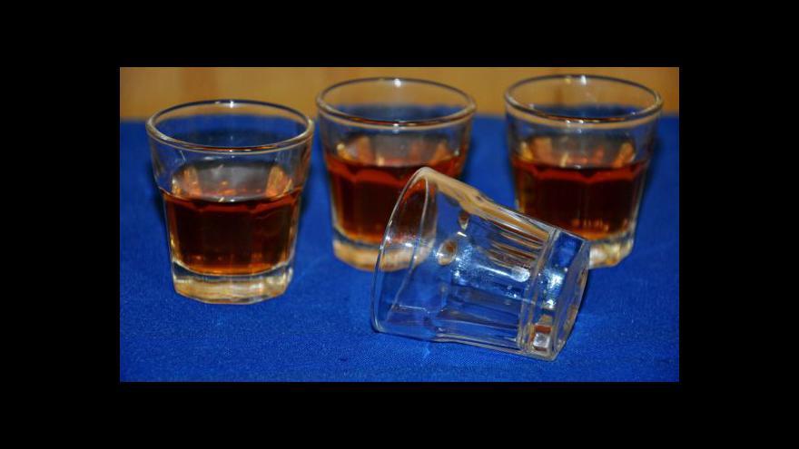 Video Koncese na prodej alkoholu po metanolové aféře