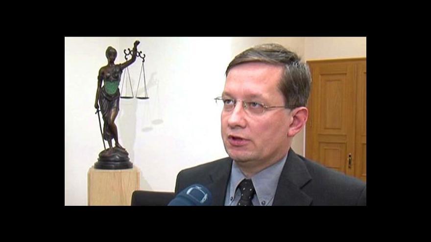 Video Senátoři odmítli Koudelku jako soudce ÚS