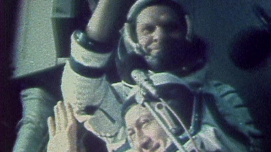 Video Návrat Vladimíra Remka z kosmu