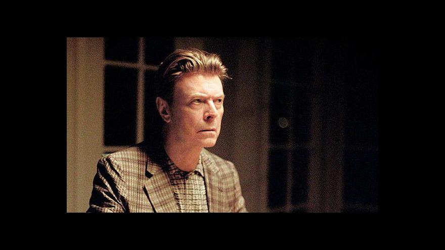 Video David Bowie : The Stars (Are Out Tonight)