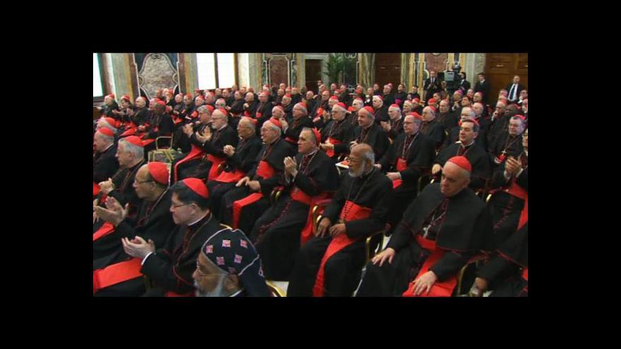 Video Papežovo loučení s kardinály