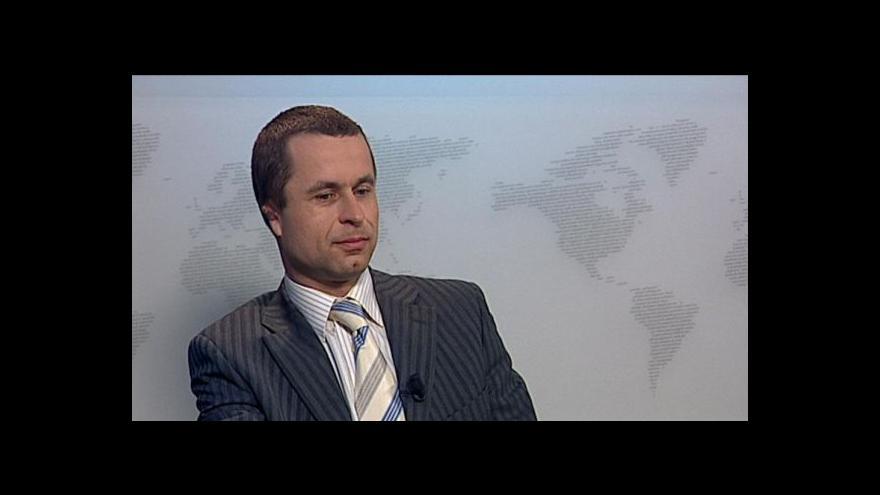 Video Tomáš Pelikán ve Studiu ČT24