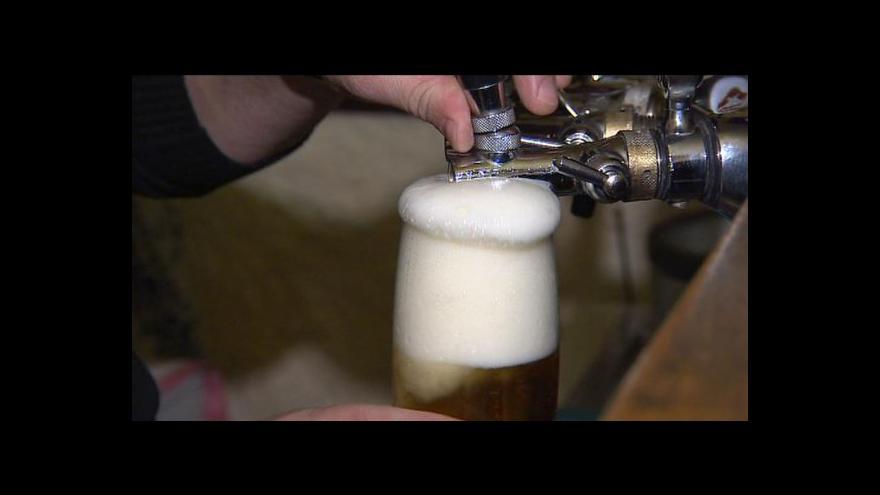 Video Ředění piva je běžné pro většinu světových pivovarů