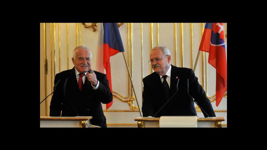 Video Brífink Václava Klause a Ivana Gašparoviče