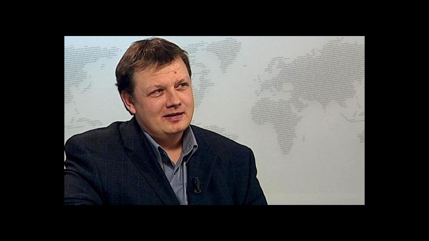 Video Ředitel Post Bellum Mikuláš Kroupa ve Studiu ČT24