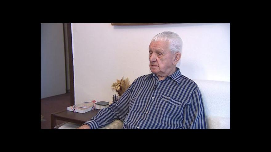 Video Emil Boček vzpomíná, jak se učil anglicky