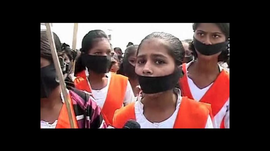 Video Indie znovu demonstruje kvůli znásilňování