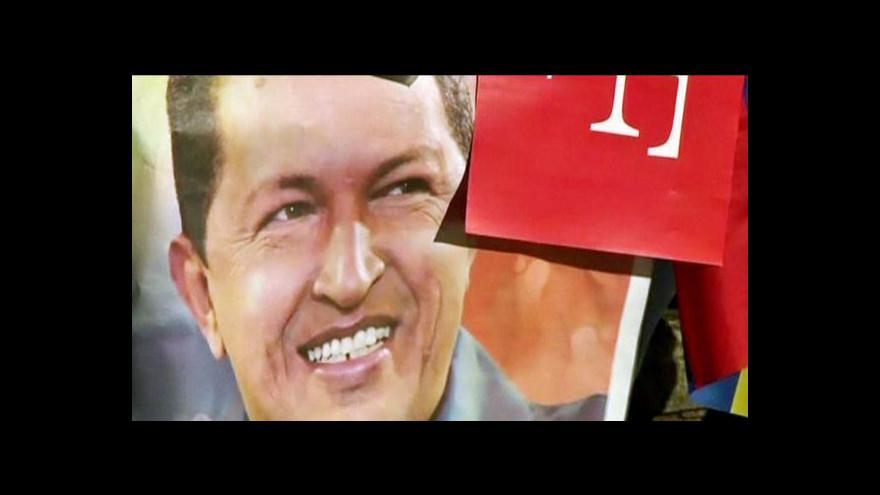 Video Chávezův stav zůstává vážný