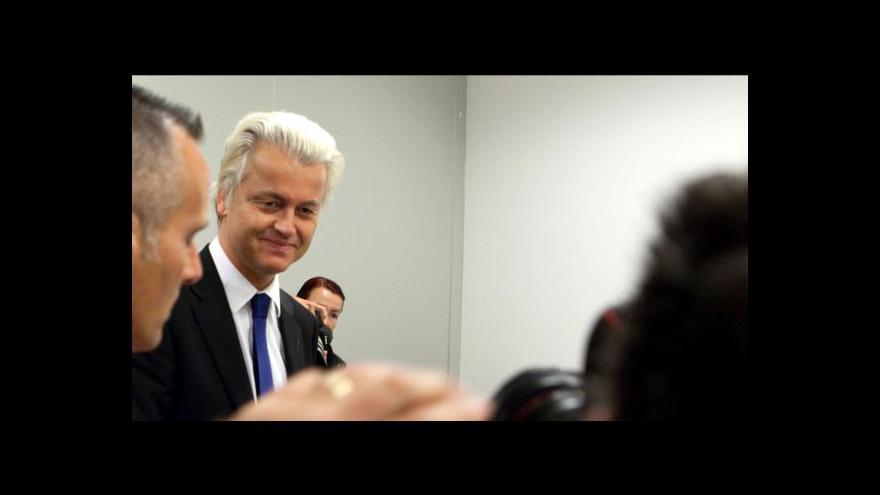 Video Wilders varuje před islámem