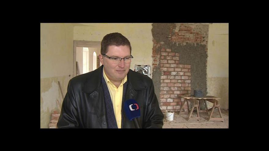 Video Starosta Moravského Krumlova Tomáš Třetina mluví o opravách krumlovského zámku