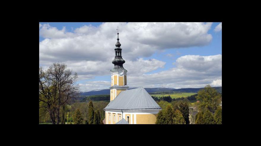Video Reportáž o ústavní stížnosti na církevní restituce