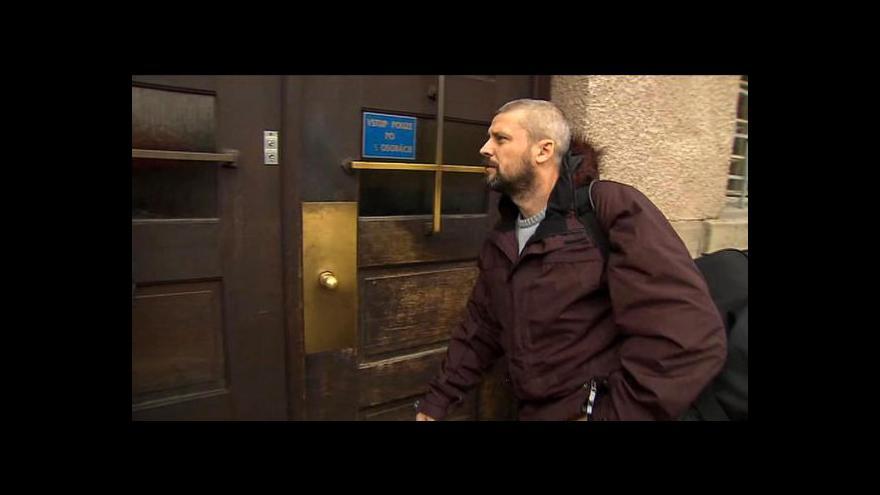 Video Rozhovor s Romanem Pekárkem a jeho nástup do vězení