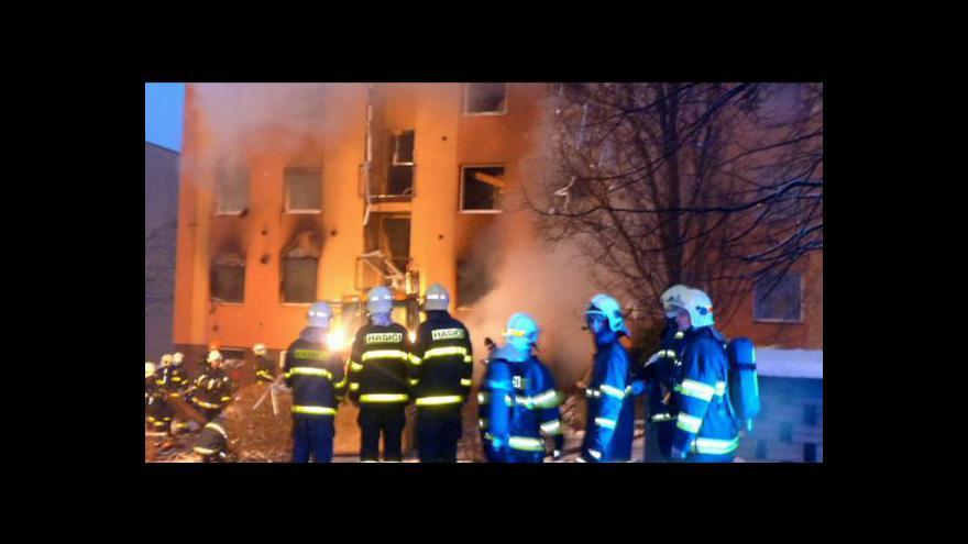 Video Výbuch zničil panelák a zabíjel