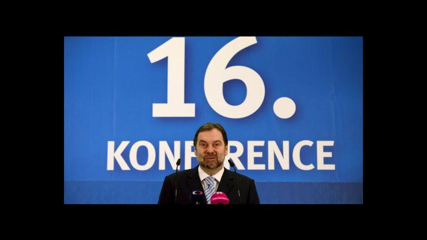 Video Radek John zvolen aklamací čestným předsedou VV