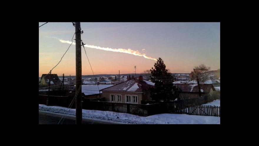 Video Rusové vyšetřují explozi meteoru