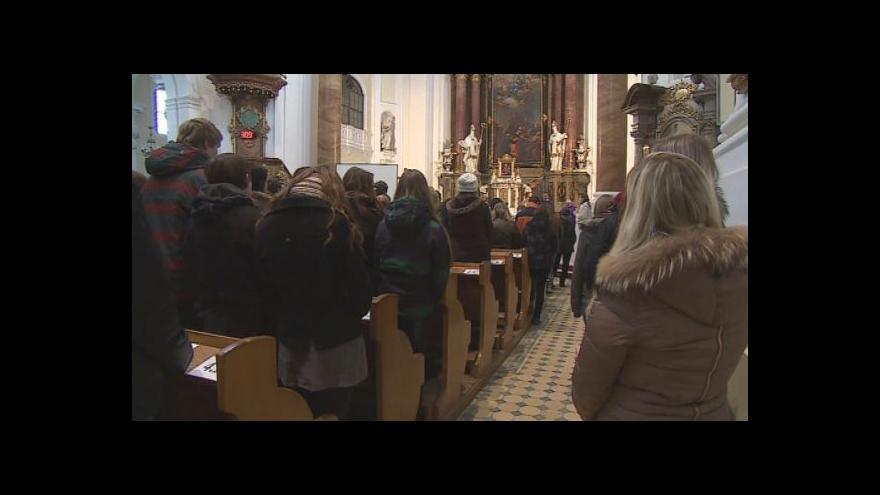 Video Školní kaplan Pavel Stuška o významu půstu