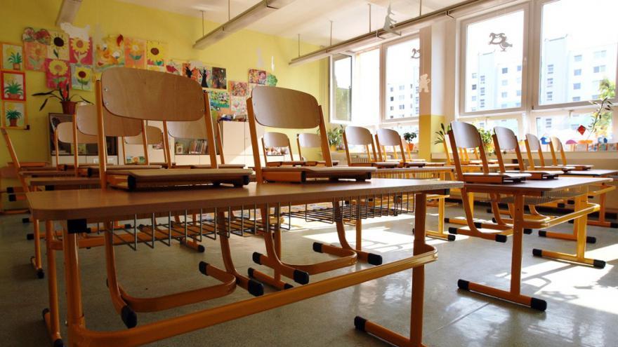 Video 90' ČT24 - Šikana na školách aco sní?