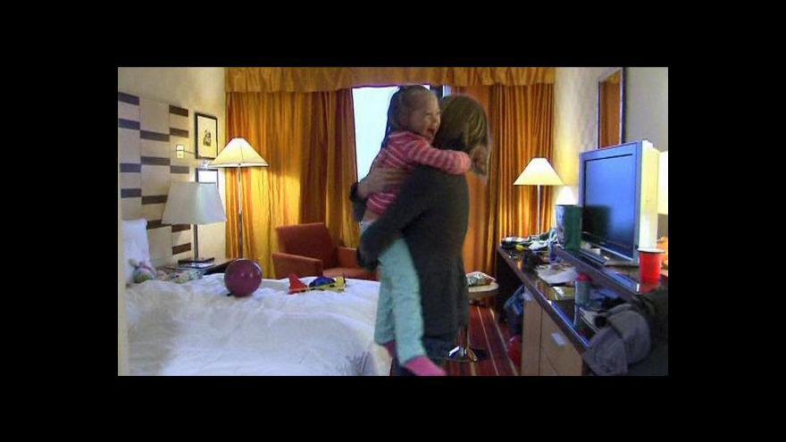 Video Vítězný boj s ruskou byrokracií: Dvě děti adoptovány americkými rodiči