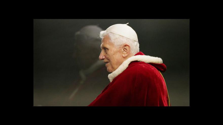 Video Události o rezignaci papeže