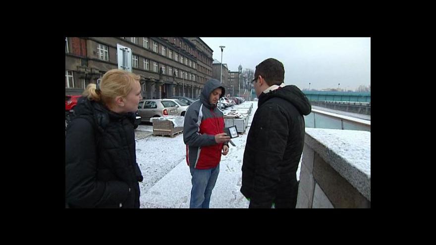 Video Reportáž Marty Pilařové a Jiřího Hynka o zadržení Jana Stoklasy