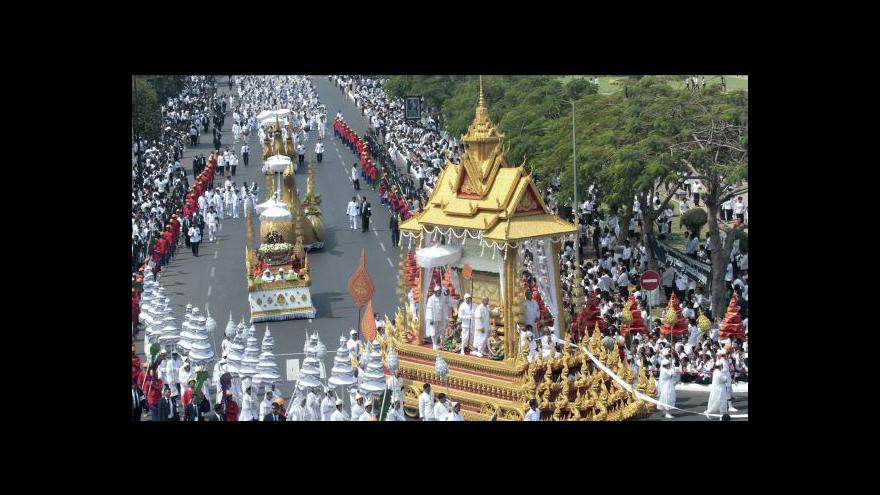 Video Kremací skončí pohřeb kambodžského krále