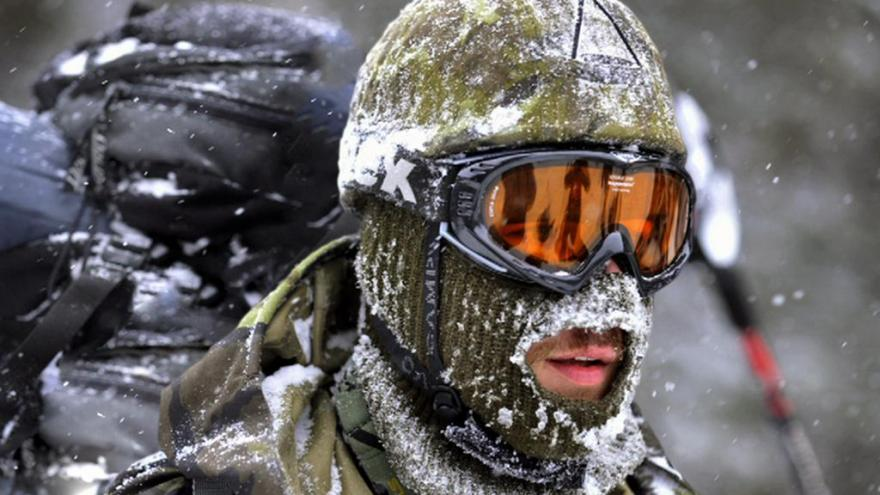Video Bez komentáře: mezinárodní armádní závod Winter Survival vrcholí