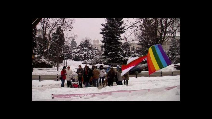 Video Polský parlament o homosexuálních párech