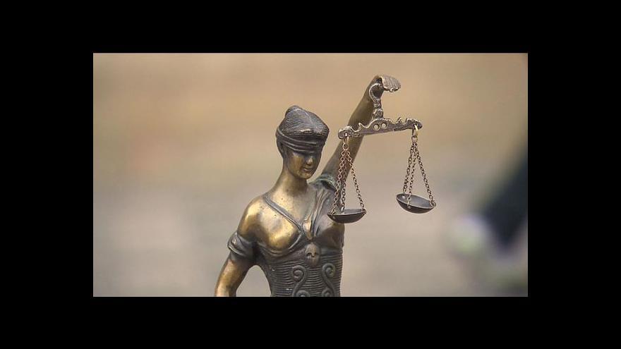 Video Rozhovor s ústavním právníkem Markem Antošem