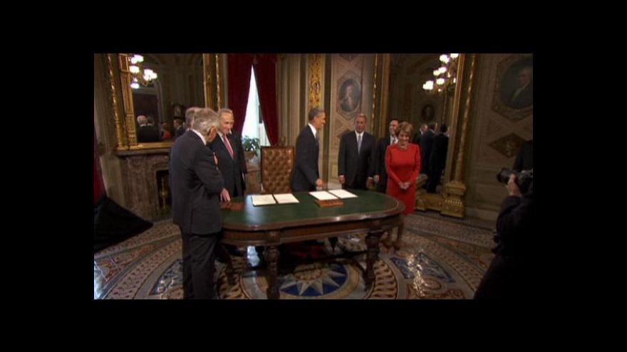 Video Senátor si chtěl vzít pero