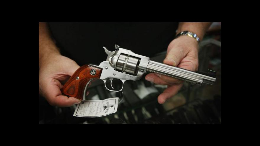 Video Demonstrace napříč USA proti přísnější regulaci držení zbraní